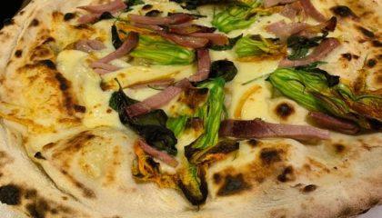 Pizza alla Napoletana Autunno | Ristorante Pilar Marina di Ravenna